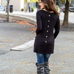 Beautiful Pocket front TUNIC in Black SOFT & SWEET